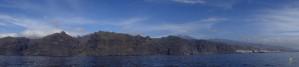 Sięgających 600 metrów wysokości Klifów Los Gigantes, wspaniale się prezentujących zarówno od strony wody